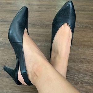PAUL GREEN 🔴 Black pointy heel